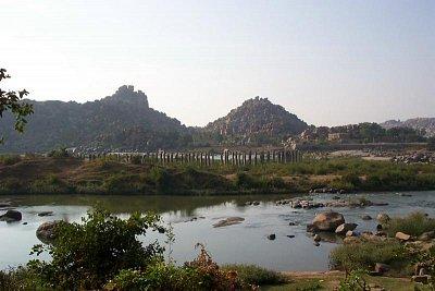 Ruiny mostu v Hampi (nahrál: admin)