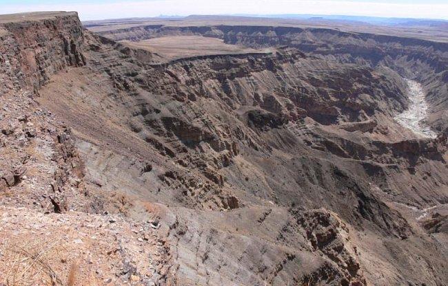 Autem napříč Namibií