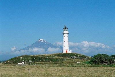 Cape Egmont Lighthouse a Mt. Egmont (nahrál: admin)
