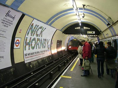 V londýnském metru (nahrál: admin)