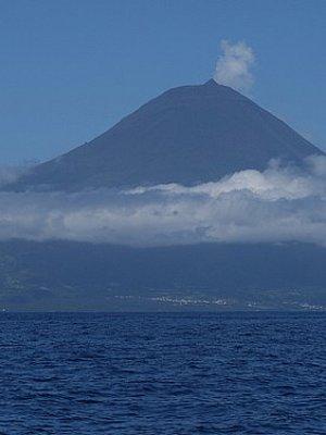 Pico (2351 m)
