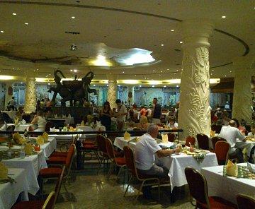 Červen 2012 Caribbean World